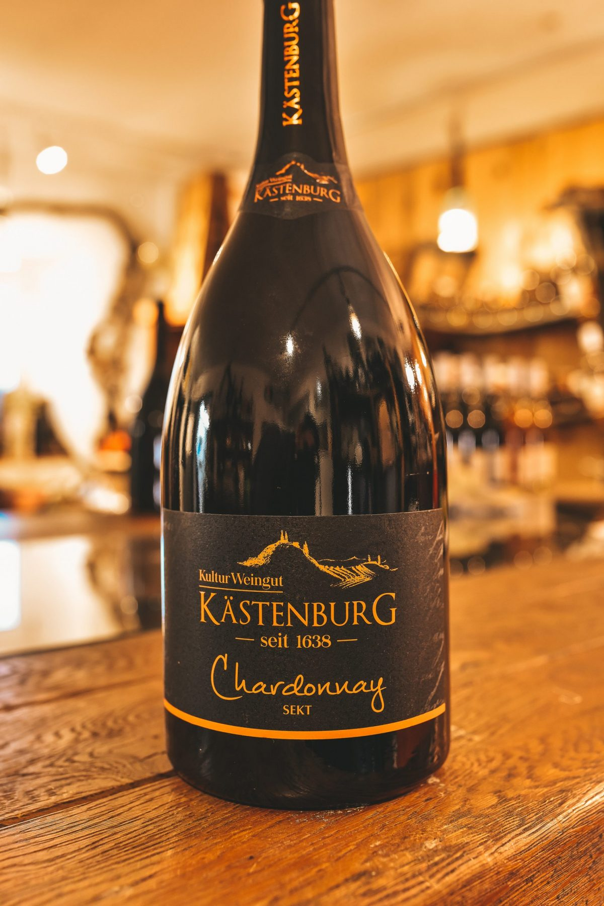 Chardonnay Sekt scaled | Kästenburg